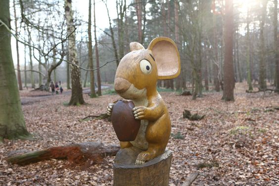 Essex - Gruffalo Trail:  Thorndon Country Park  The Avenue, Brentwood, CM13 3RZ  Need to park in Thorndon Country Park North car park. A Gruffalo trail map can be bought in the shop for 50p: