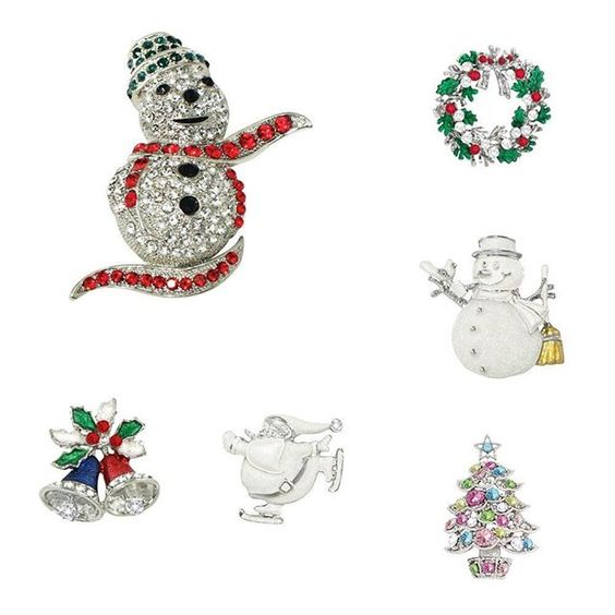 Christmas is coming and we have it covered with our great selection of festive brooches! From Holly to snowmen to Santa! 🎅🏻🎄❄️☃️❤️🎅🏻☃️🎄❄️❤️ #eternalcollection #costumejewellery #giftideas #brooches #santa #holly #perfectgift #fungift #snownan #christmasjewellery #sparkle #christmasshopping #christmasiscoming #festiveseason #tistheseason #christmasgifts 🎄🎄🎄🎄🎄🎄🎄🎄🎄🎄