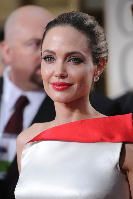 Angelina Jolie - Golden Globes 2012