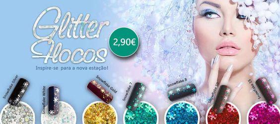 Glitter flocos de natal por apenas 2,90€! Visite-nos em: http://biucosmetics.pt/index.php/nail-art/glitter-danzelings/glitter-flocos-azul.html #flocos #glitter #nailart #biucosmetics