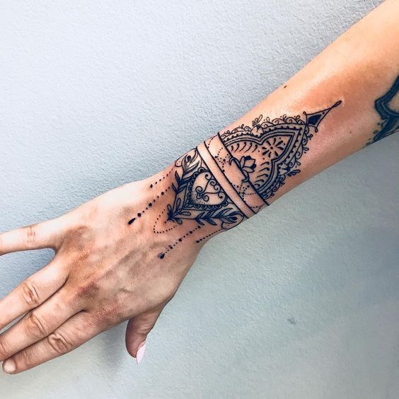 Pin By Nia On Ink Mandala Hand Tattoos Cuff Tattoo Henna Tattoo Hand