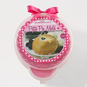 Heart Petite Pie Mold | World Market - sooo cute!