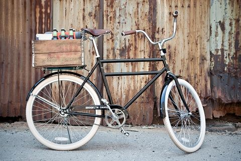I love riding my bike in the city; running errands, doing some sightseeing, letting the wind ruffle my hair.  This bike is so cute and smooth, all it needs is a lower bar so I can wear a flowy skirt while I ride!