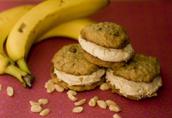 banana oat + chocolate chunk cookies with peanut butter cream filling