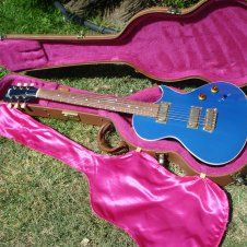 1996 Gibson Nighthawk Glacier Blue Landmark Series with case