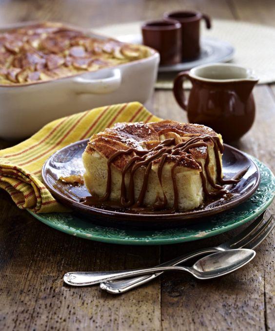 Unser beliebtes Rezept für Brotpudding  mit Äpfeln und mehr als 55.000 weitere kostenlose Rezepte auf LECKER.de.