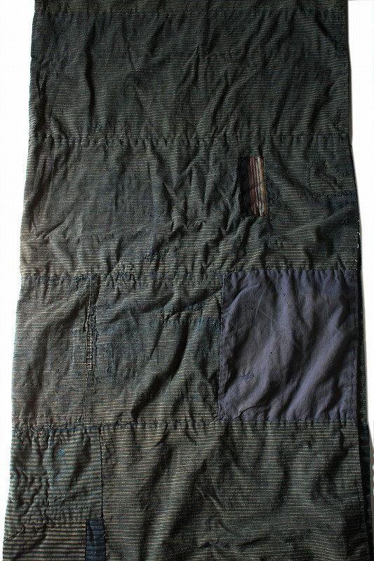 Japanese antique boro floor mat/Japan/indigo by SASAKIYOHINTEN