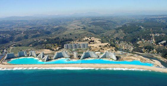 a maior piscina do mundo ....