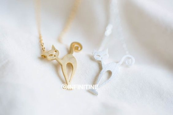 stray cat necklace,, N156K
