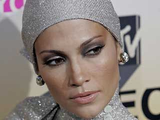 Google Image Result for http://3.bp.blogspot.com/-CL9-gWR6YlY/UCIj2SVKh7I/AAAAAAAAAEY/fUleLRYGVSY/s1600/Jlo%2Bturban.jpg