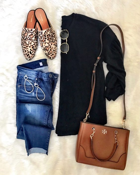IG: @mrscasual | Black sweater, skinny jeans, leopard mules, and tory burch tote