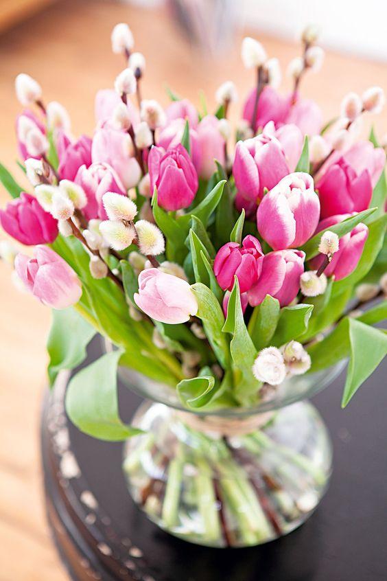 Kwiaty i kompozycje kwiatowe ogrodowe na for Bouquet de tulipes