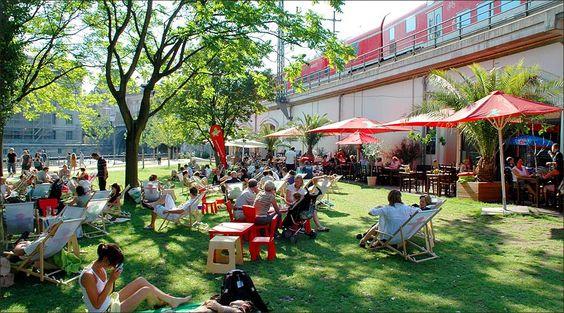 AMPELMANN Restaurant Berlin - Stadtbahnbogen 159/160 (im Monbijoupark) 10178 Berlin-Mitte