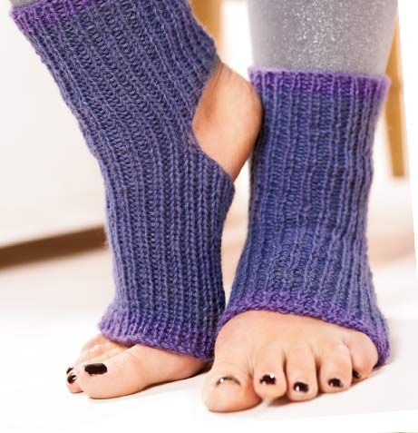 Knitting Pattern For Yoga Socks : Whip up these easy last-minute gifts from Susie Johns ...