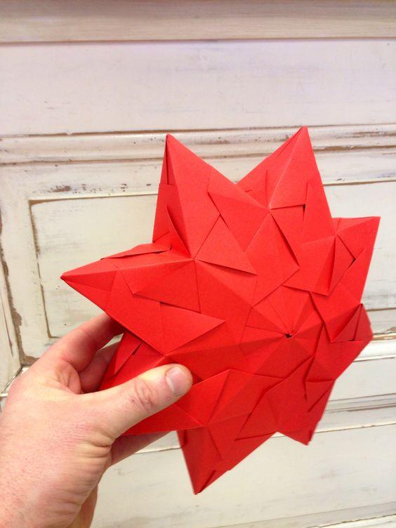 Aus den bekannten Modulen von Paolo Bascetta, lässt sich auch dieser tolle Stern herstellen!