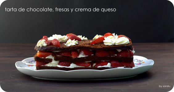 El nido de mamá gallina- tarta de chocolate, fresas y crema de queso