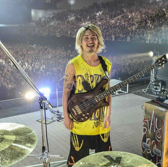 ONE OK ROCK RYOTA タトゥー