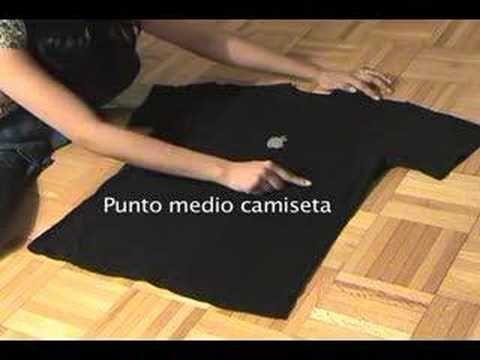 Ordenar la ropa: la técnica japonesa para doblar una camiseta y otros recursos | Decorar tu casa es facilisimo.com