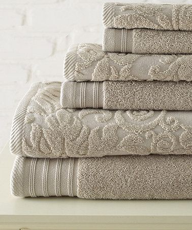This Ivory Swirl & Leaf Jacquard Towel Set is perfect! #zulilyfinds