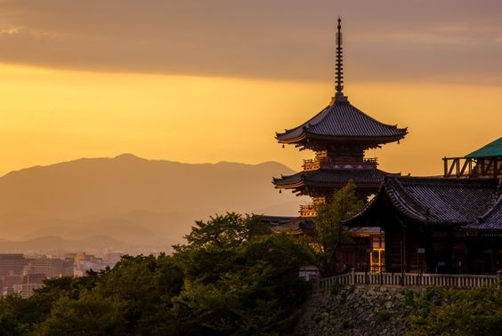 Kiyomizu in Autumn Evening sky by Ark Tui on 500px Kiyomizudera, Kyoto Don't be hurry to leave from Kyoto, Otherwise you're going to miss something memorable