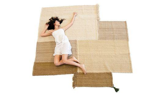 i like this neutral, asymmetrical rug.