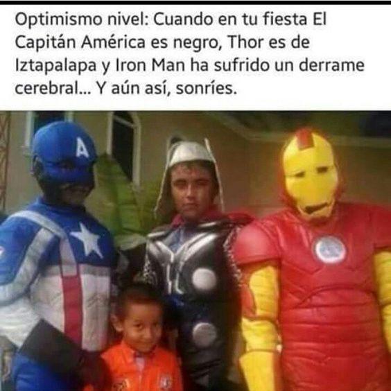 No puedo con esto! Jajajajaja  #MexicanBirthday #IronMan #CaptainAmerica #Thor #Avengers