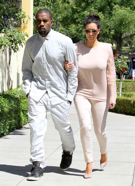 Kim in Calabasas, at The Commons