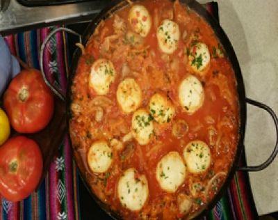Recetas | Cocineros Argentinos  - Carnes - Disco 3 chanchitos con panes en salsa