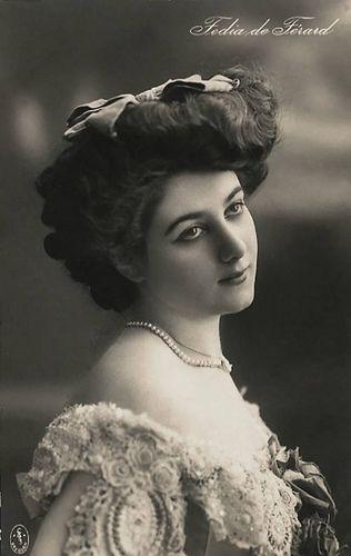 Lovely vintage lady