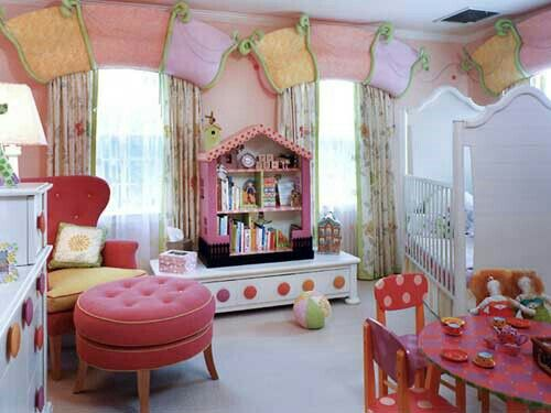 An extremely wonderful nursery/ toddlers room!