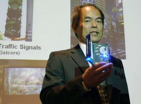 Dois japoneses e um americano levam Nobel de Física pelo LED - Terra Brasil