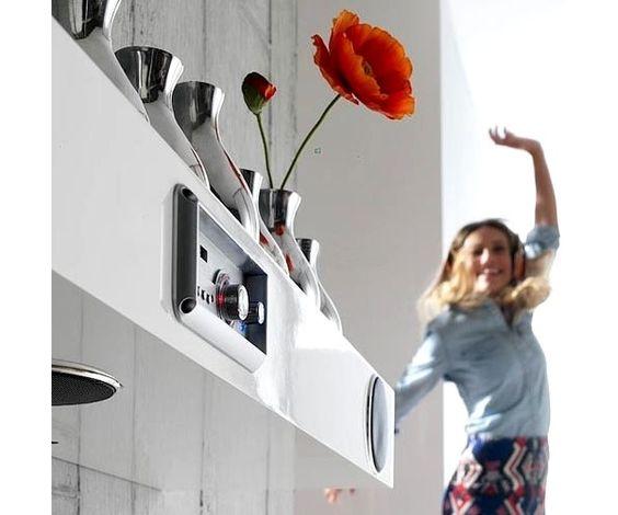 etagere moderne avec enceinte etag re design meuble. Black Bedroom Furniture Sets. Home Design Ideas