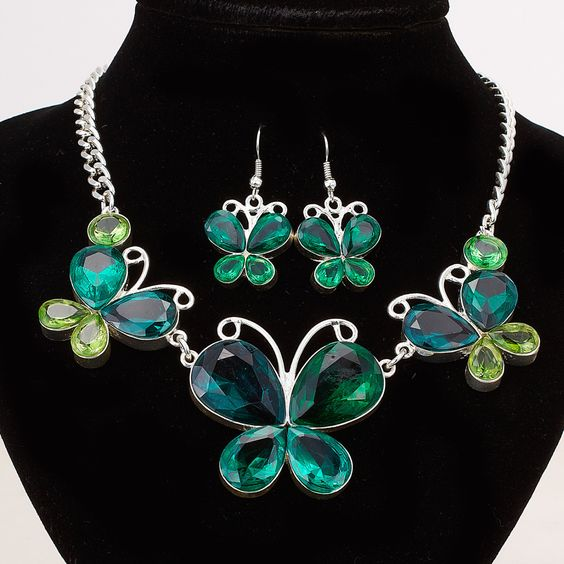 RP:  Pear Cut Green Emerald Cubic Zirconia Silver Set - etsy.com