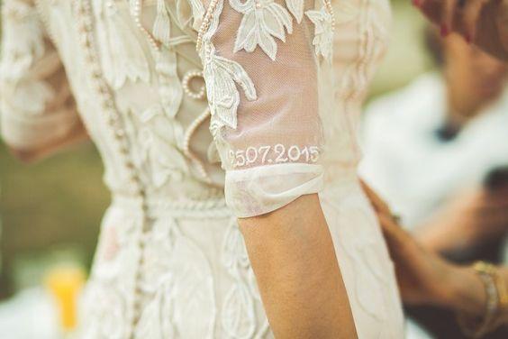 Ricami personalizzati su abito sposa 3