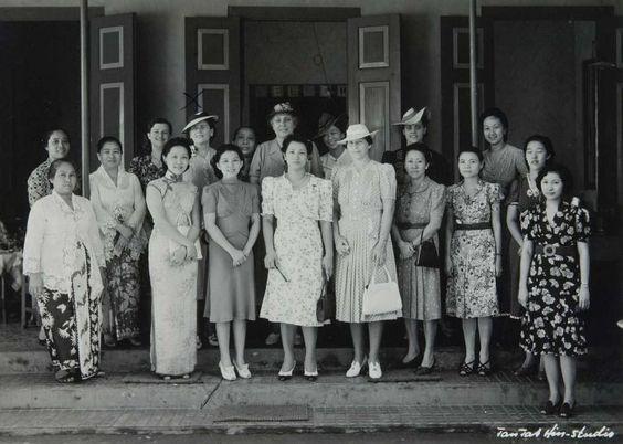 Groepsportret Van Vrouwen Tijdens Een Officiele Aangelegenheid 1920 1942 Sejarah Indonesia Budaya