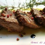 filetto  al pepe rosa e glassa  di aceto balsamico #ricettasfiziosa  un secondo raffinato cotto in pochi minuti  http://blog.giallozafferano.it/lorel/?p=3988&preview=true