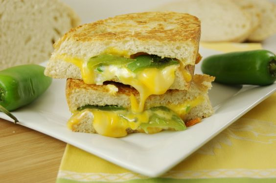 YUM!!!!!! Jalapeno Popper Grilled Cheese