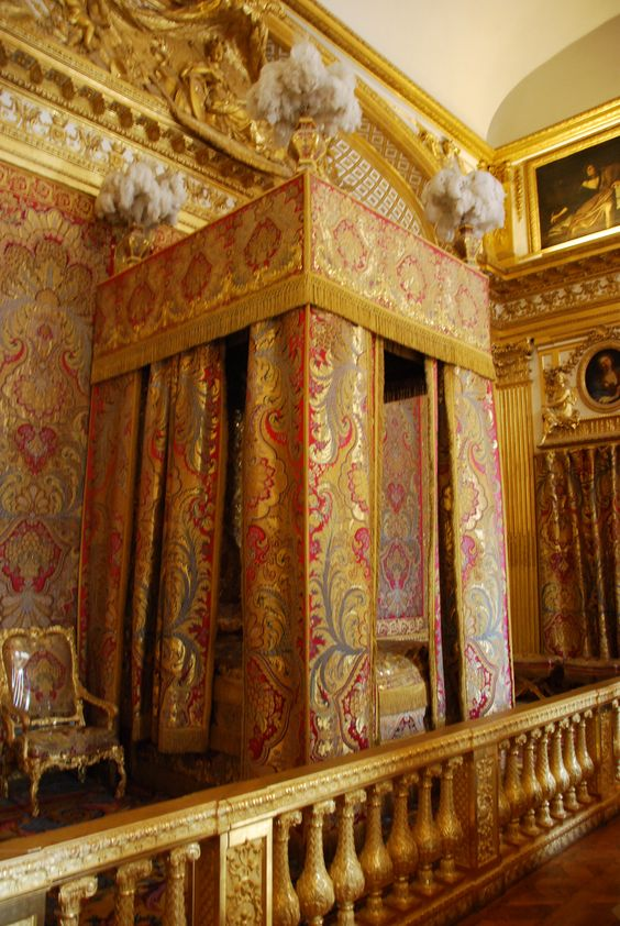 La chambre du roi king 39 s bedroom versailles you should for Chambre louis xiv