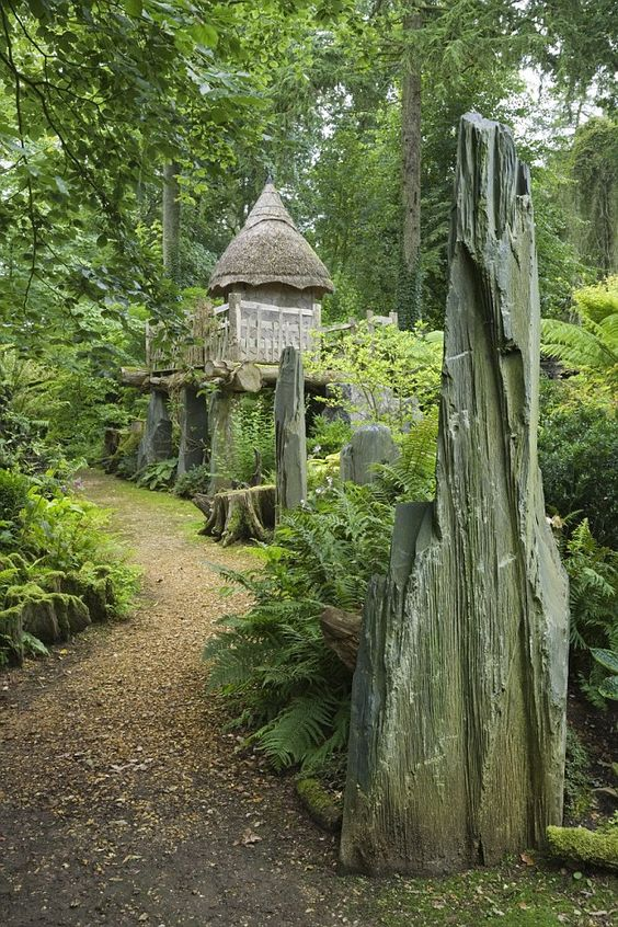 Prince Charles's Highgrove Gardens.. the treehouse: