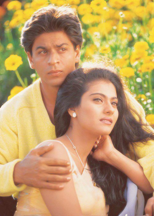 The One Of The Best And Romantic Jodi Ever Seen Shahrukh Khan And Kajol Shahrukh Khan Bollywood Couples Bollywood star shahrukh khan wallpapers