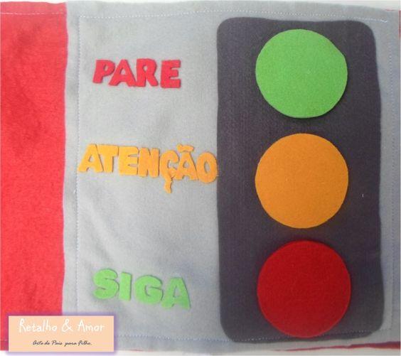 Sinal de trânsito  Curta nossa página no facebook:  https://www.facebook.com/RetalhoeAmor Entre em contato através do e-mail: retalhoamor@yahoo.com.br