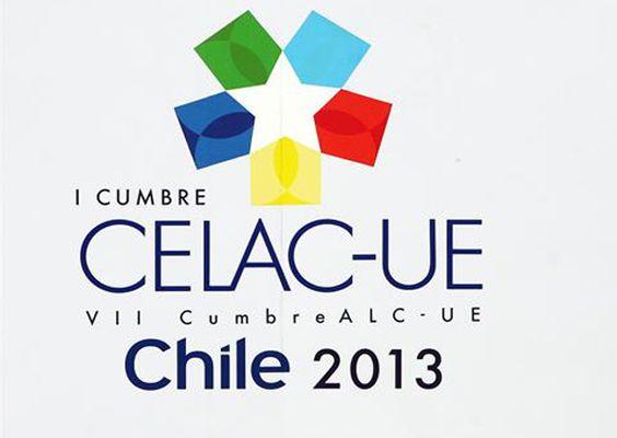 Consejos para una correcta redacción de las noticias relacionadas con la Cumbre Celac-UE que se celebra en Chile.  http://www.fundeu.es/recomendaciones-C-cumbre-celac-ue-claves-para-una-redaccion-adecuada-1610.html  Foto: © Archivo Efe / Mario Ruiz