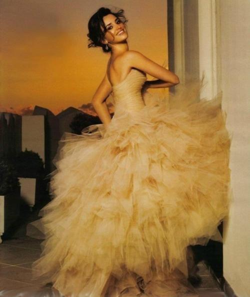 Penelope Cruz ~ want her dress!!!