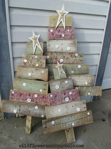 Pallet Wood Christmas Tree decorated with napkins, buttons and Milk Paint great for outdoor Christmas trees
