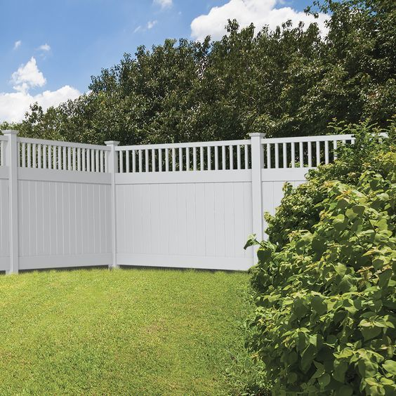 Modern Vinyl Fence 25 Best Inspirations To Decorate Your Backyard Recipegood Vinyl Fence White Vinyl Fence Fence Design