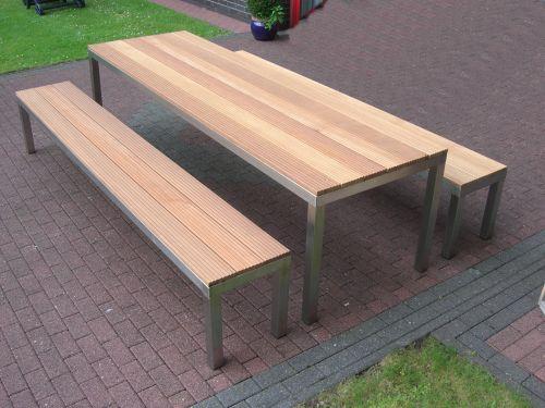 Gartenbank Und Tisch Aus Bankirai Und Edelstahl Gartenbank Gartenbank Edelstahl Garten Sitzgruppe