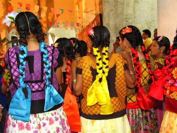 artesanias mexicanas | vela en istmo 300x225 Tradiciones mexicanas (4)
