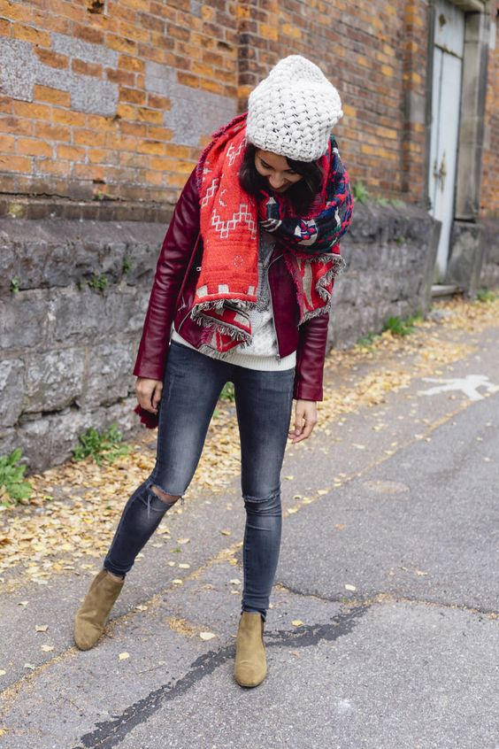 Pourquoi pas Coline? Love the combination of reds w/ goldfish boots & jeans.
