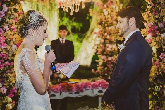 Precisa De Ajuda Para Escrever Os Seus Votos De Casamento? Temos Dez Dicas Para Te Inspirar! Confira!