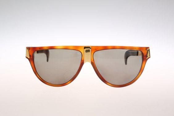 Gianfranco Ferre GFF 26 / Vintage sunglasses / NOS / 90s unique designer sunglasses by CarettaVintage on Etsy